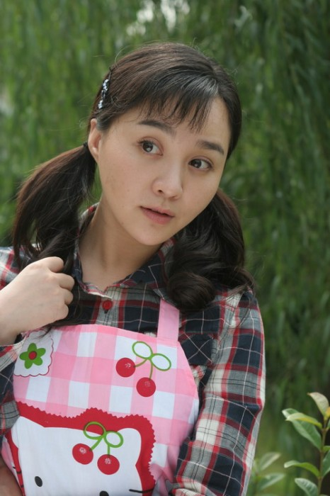 "Tao Yanzi (陶燕子) in the TV drama ""Nanny."""
