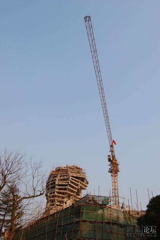 32m-tall-statue-of-mao-in-hunan-05