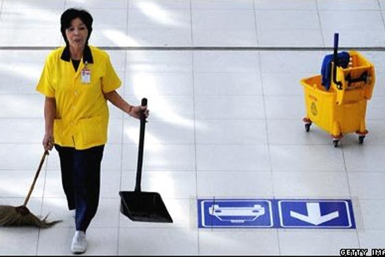 An airport cleaning woman in China is facing life imprisonment for theft after finding a box full of gold jewelery worth 3 million RMB left next to a trash can.