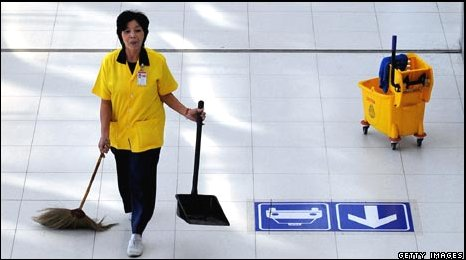 bangkok-airport-cleaner