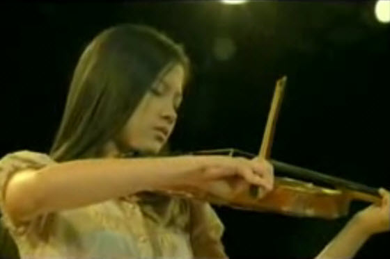 pantene-tv-commercial-thailand-deaf-violinist