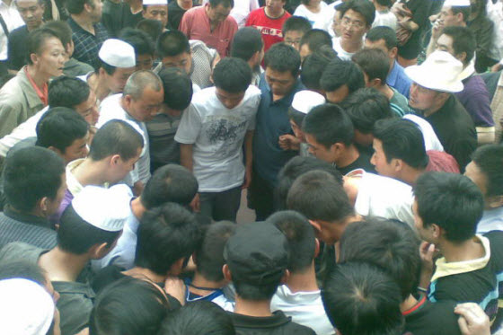 In Lanzhou, China, the local Muslim Hui minority suddenly fights back against the infamous