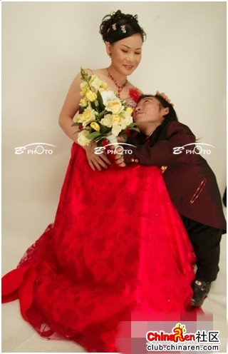 chinese-midget-groom-marriage-wedding-photos-11