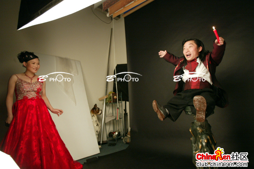 chinese-midget-groom-marriage-wedding-photos-19