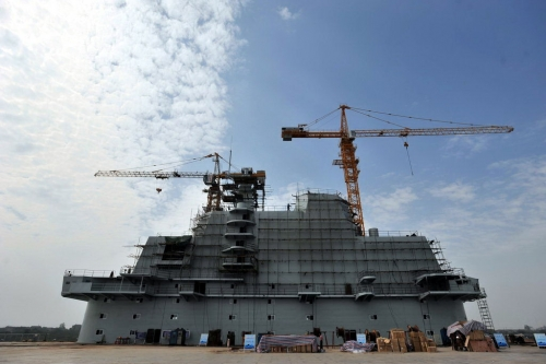 Chinese-concrete-aircraft-carrier-in-wuhan-06