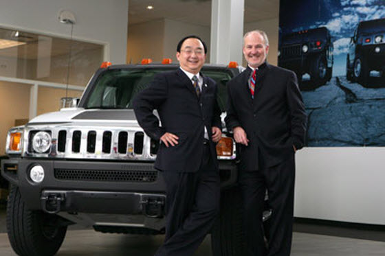 News of Sichuan Tengzhong Heavy Industrial Machinery deal to buy the Hummer brand from American GM being revitalized brings new criticism by Chinese netizens.