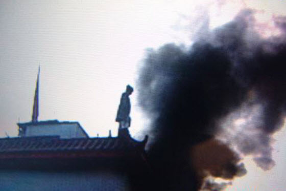 Chinese netizens are furious over news reports of a woman in Chengdu, China who set herself on fire to protest the government evicting and demolishing her home.
