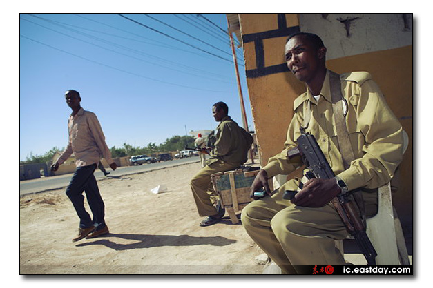 somali pirates photo exhibition 7