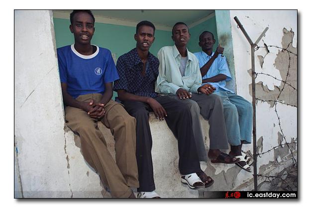 somali pirates photo exhibition 9