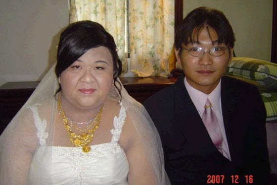 Shanghainese girl posts a photo of an overweight Taiwanese girl getting married, asks how come she herself is still single. Netizens wonder: money or true love?
