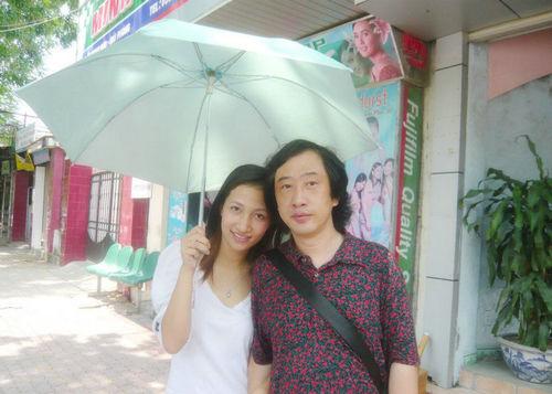 Nanjing man Dai with his Vietnamese wife A Yin
