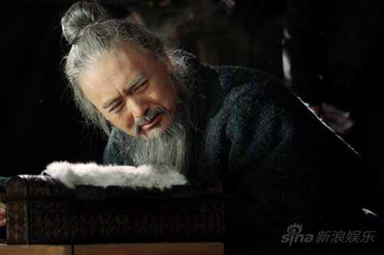 Top Chinese blogger Han Han explains why the box office failure of female director Hu Wen's historical epic Confucius may be a turning point for Chinese cinema.