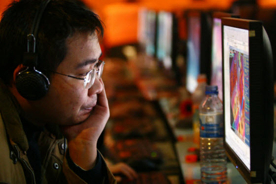 Popular Chinese blogger Han Han explains why there seems to be more