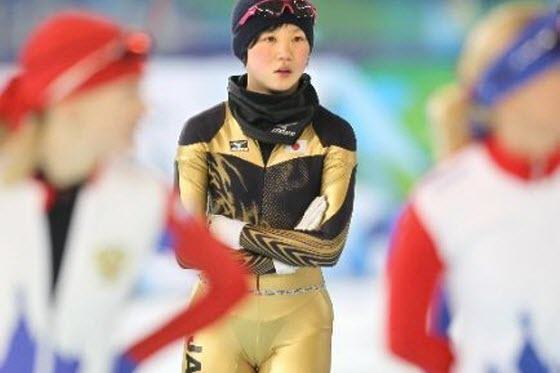 Chinese netizens are shocked by 15-year-old Japanese speed skater Miho Takagi's uniform revealing her g-string underwear at the 2010 Vancouver Winter Olympics.