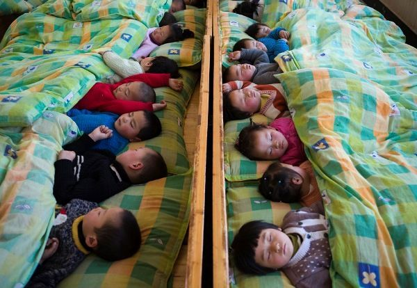 chinese-kindergarten-sleeping-children - Napping facts - Lifestyle, Culture and Arts