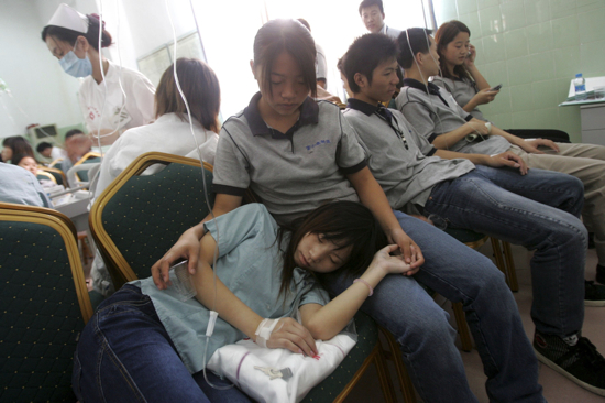 About 180 Foxconn workers got food poisoning in September 2006.