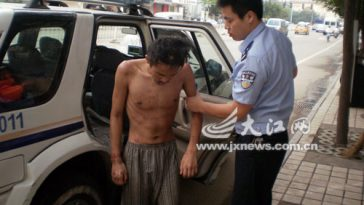 Nanchang, China police help a beggar who had collapsed on the streets, and is later discovered to have been a recent graduate of a prestigious university.