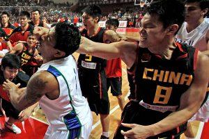 朱芳雨卷入暴力冲突
