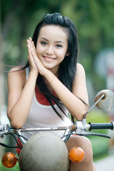 peekture 12 year old vietnamese model hoang bao tran le