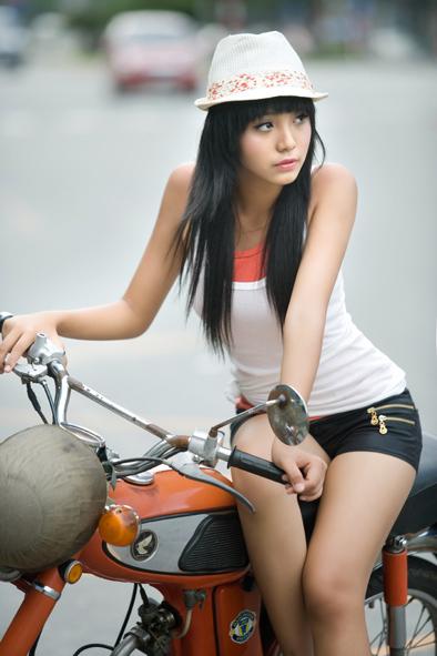 [Image: hoang-bao-tran-le-12-year-old-vietnamese...del-08.jpg]