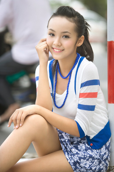 Peekture: 12-Year-Old Vietnamese Model Hoang Bao Tran Le Becomes