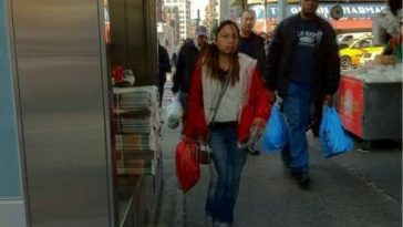 Chinese internet celebrity Sister Feng (Luo Yufeng) spotted in New York.