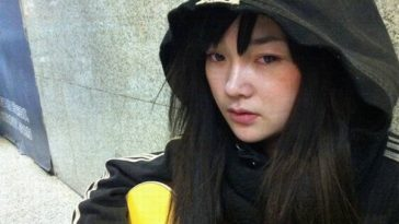 "2011 Chinee internet celebrity ""Beggar Loli"": Is she a struggling university student or part of an internet publicity stunt?"