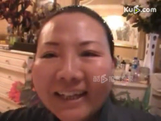 gan lulu mother films her naked 01 One of the controversies that it brings up is how pregnant woman can drink ...