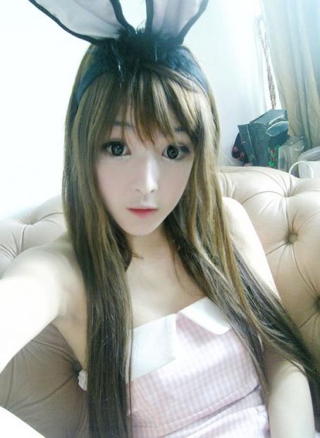 Wang Jiayun, big eyes and smooth white skin.