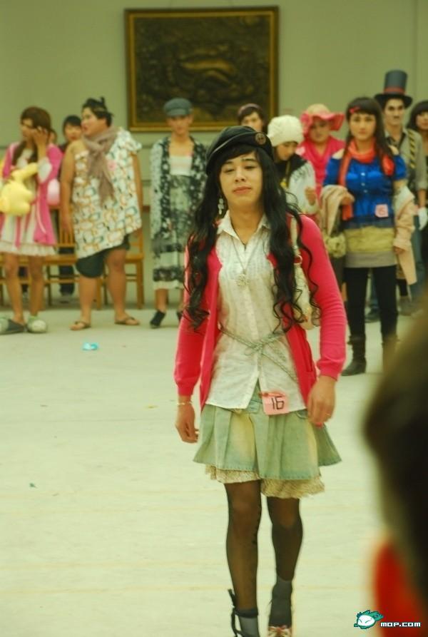 School cancels cross-dressing day   Toronto & GTA   News