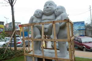 "The ""Helping the Elderly"" statue in Guilin China, criticized as being indecent by many netizens."