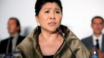 Doris Phua, general manager or CEO of Da Vinci Furniture Ltd. at a press conference responding to her company's product quality and falsification scandal.