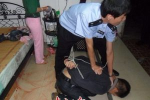 guangzhou-man-saves-young-woman-from-rape-accused-of-peeping