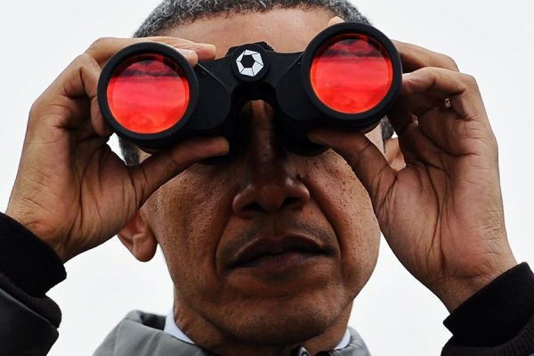 Chinese netizens comment on Obama's recent visit the 38th Parallel where he surveyed North Korea and the DMZ through binoculars behind bulletproof glass.