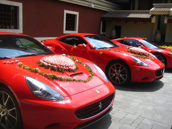 Three of the six Ferraris given to the bridegroom as a dowry.