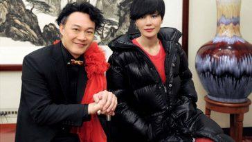 Eason Chan and Faye Wong backstage.