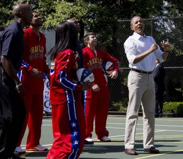 Obama and many stars are having a wonderful time.