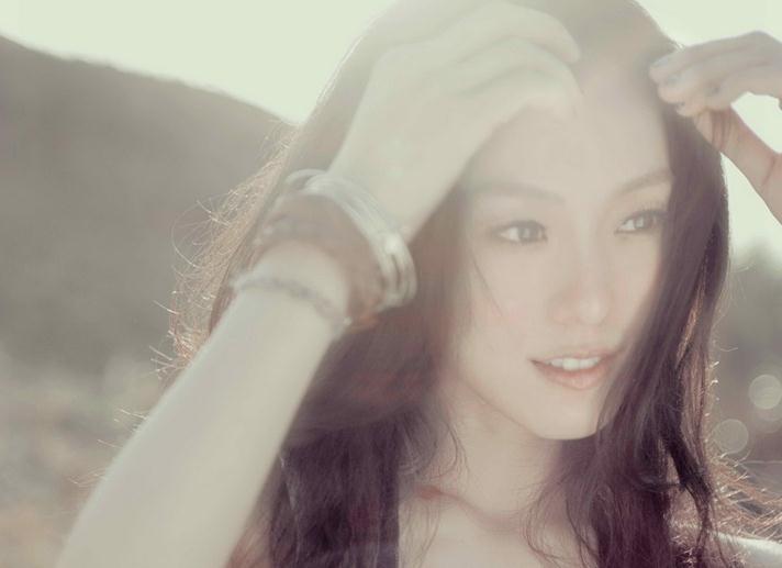 Christine Fan 01