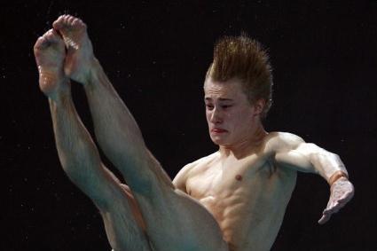 Diving athlete 03