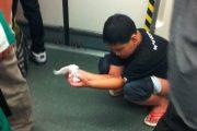 Chinese boy publicly shits in Guangzhou Subway.