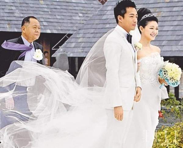 Wang Xiaofei married Barbie Hsu