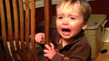 reason-my-son-is-crying-2013-04-02