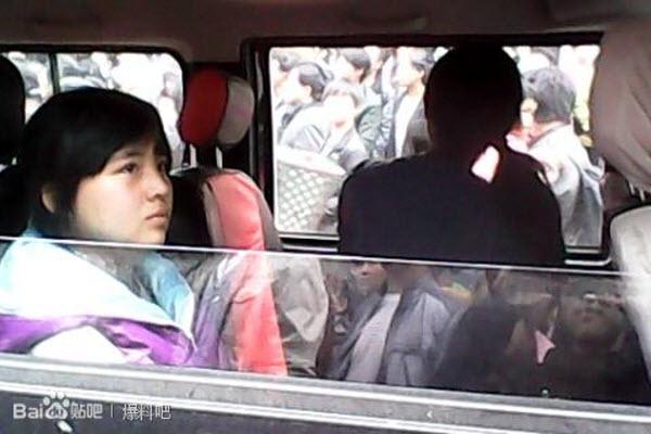 13-year-old-chinese-girl-rao-yao-in-handucffs-guizhou