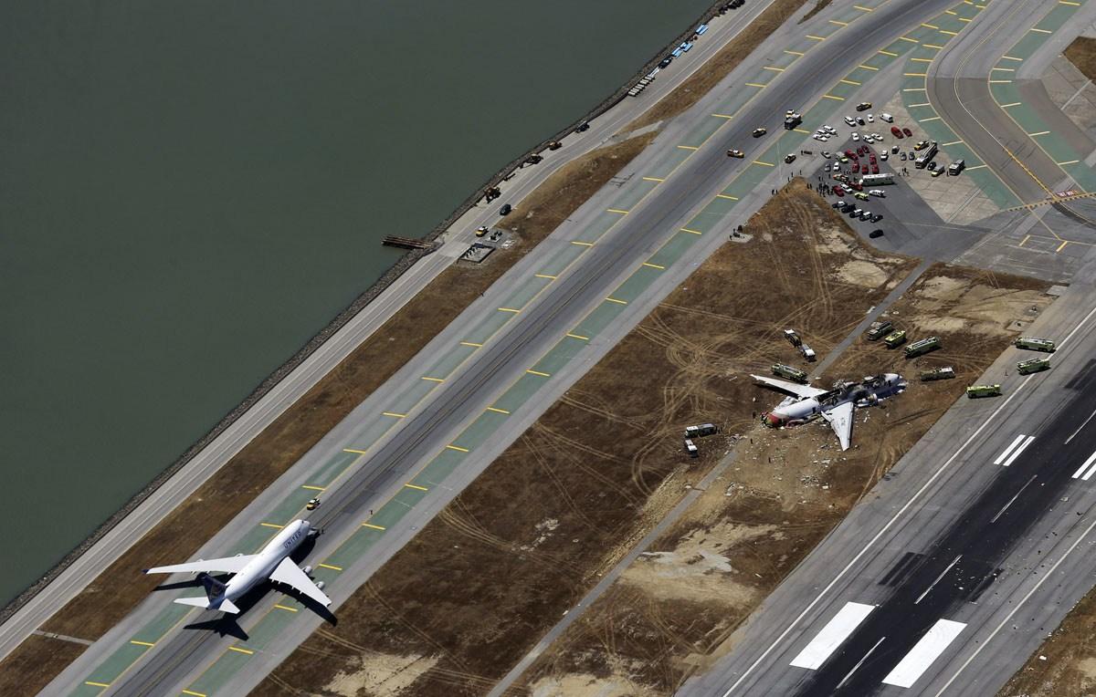 Asiana 777 crash photos