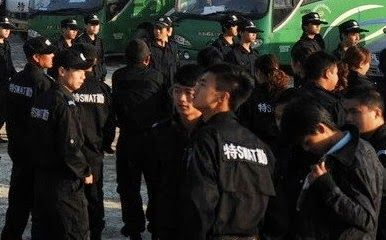 chinese-student-forced-demolition-in-fake-police-uniform-11