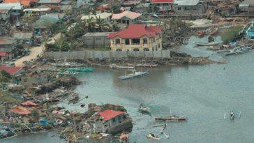 """Scene after """"Haiyan"""" struck."""