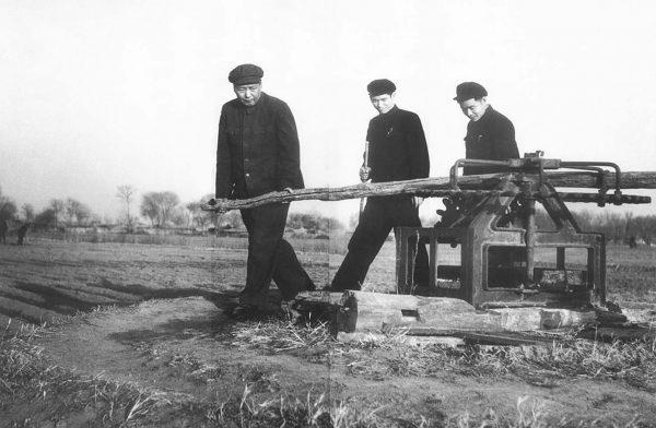 mao-zedong-15-1954-rural