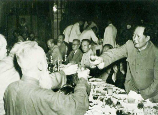 mao-zedong-26-toast