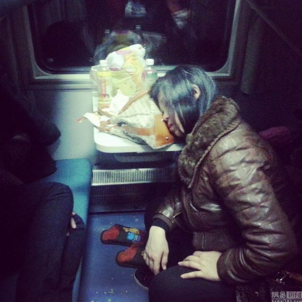china-chinese-sleeping-train-passengers-l199-spring-festival-chun-yun-15