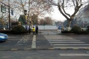 Porsche Cayenne driver without license hits couple in Hangzhou, knocks down pregnant wife and kills her husband.